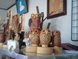 フクロウの木工品