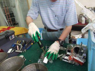 パソコン解体作業