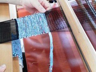 さき織りでコースター作り