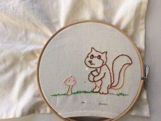 メンバーさんのイラストを刺繍
